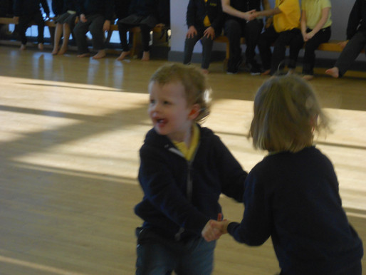 Pear Class (Foundation) have been practicing their skipping and jumping in dance. It was lots of fun