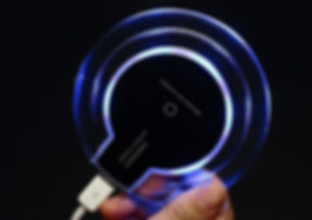 2016-new-luxury-qi-wireless-charger-charging.jpg