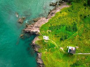 Île par l'eau