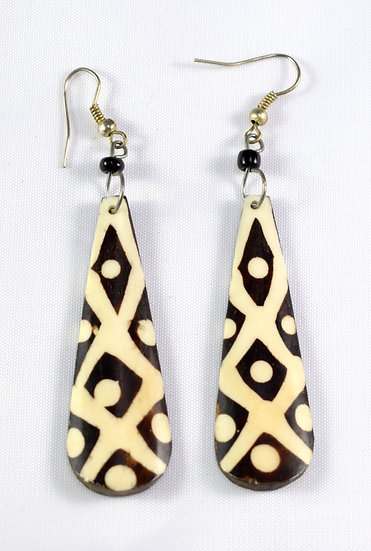 Large Pendant Earring - Black & White