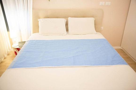 ברולי מגן מזרון סופג למיטה זוגית  עם כנפיים
