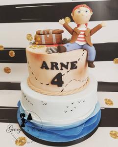 Cute pirate cake.jpg