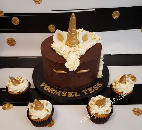 Georgie's Cakes vormsel unicorn taart en