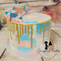 Gender reveal dripcake - Georgie's Cakes
