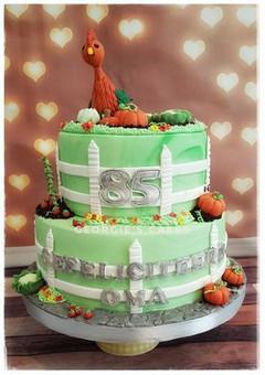 85 jaar moestuin taart-1.jpg