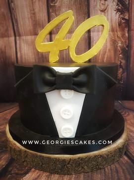 40 jaar tuxedo taart.jpg