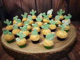 Cactus cupcakes.jpg
