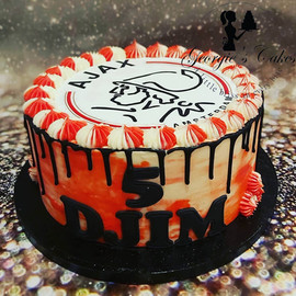 Ajax dripcake - Georgie's Cakes.jpg