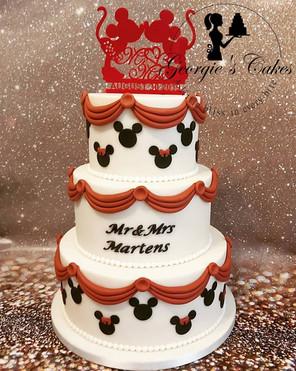 Mickey and Minnie wedding cake.jpg