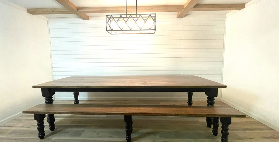 The Country Farmhouse Table