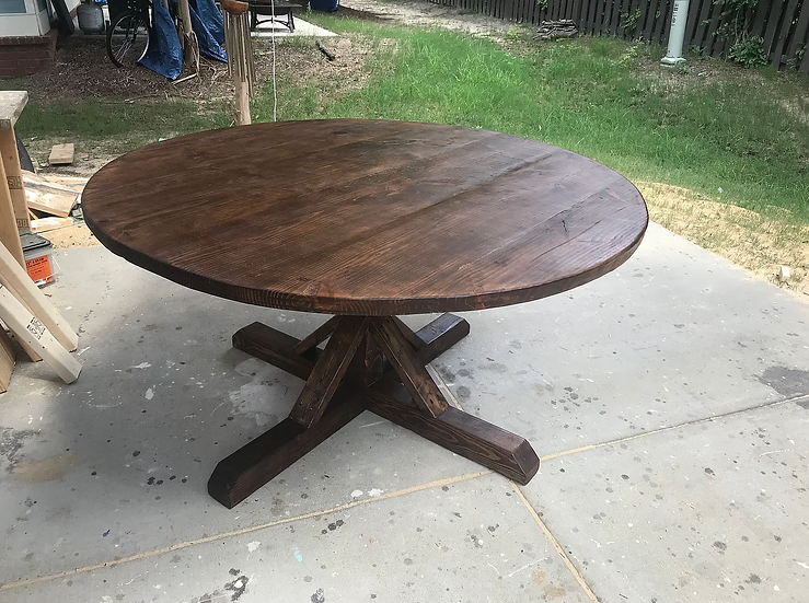 Special Walnut Round Table