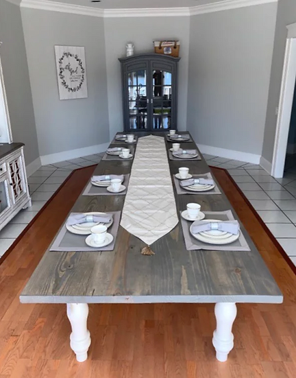 The Traditional Farmhouse Table