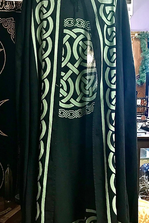 Celtic Knot Cape (one size)