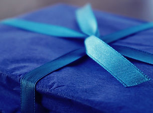 art-birthday-gift-blue-1178600.jpg