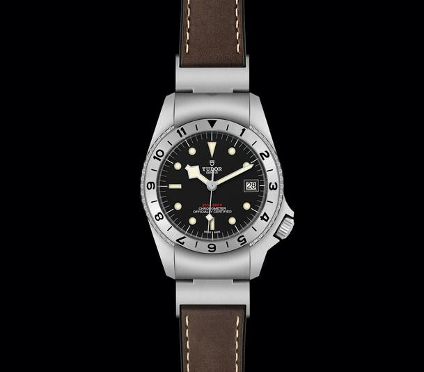 TUDOR_BLACK BAY P01 M70150-0001