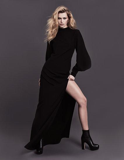 Платье чёрное макси с объемным рукавом