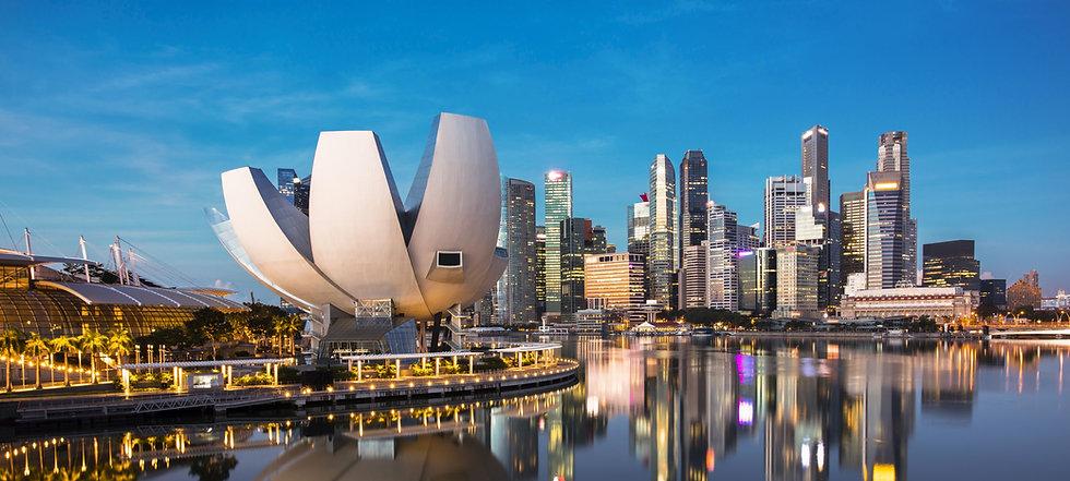Singapore%20cityscape%20at%20dusk.%20Landscape%20of%20Singapore%20business%20building%20around%20Mar