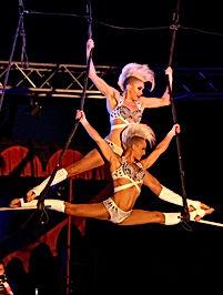 KrefelderWeihnchtscircus 2016 - CircusTheater Bingo