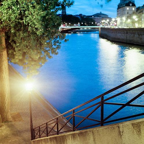 Paris, Quai de Bourbon