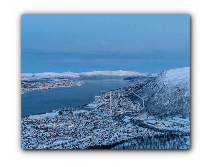 Tromsø by i nydelig fjell- og vinterlandskap IR Varmepanel Veggbilde Panelovn