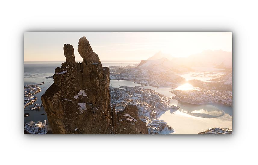 Morsom stenformasjon med nydelig norsk landskap IR Varmepanel Veggbilde Panelovn