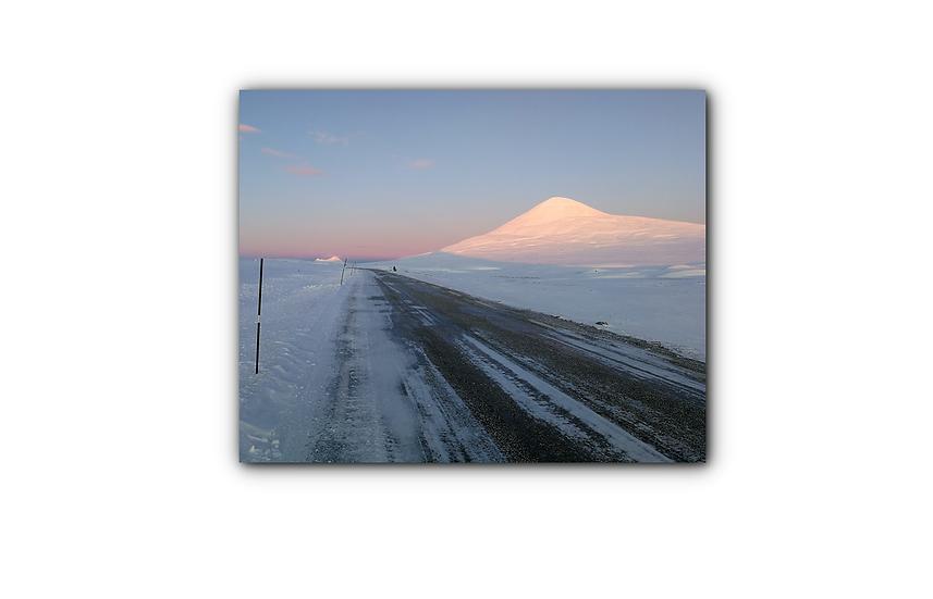 Snø og blå himmel ved Muen IR Varmepanel Veggbilde Panelovn