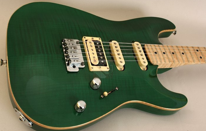 Fender HSS Showmaster Korean made MIK Strat