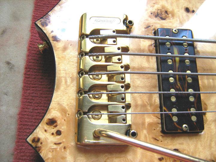 Peter Davidoff Boutique custom bass guitar