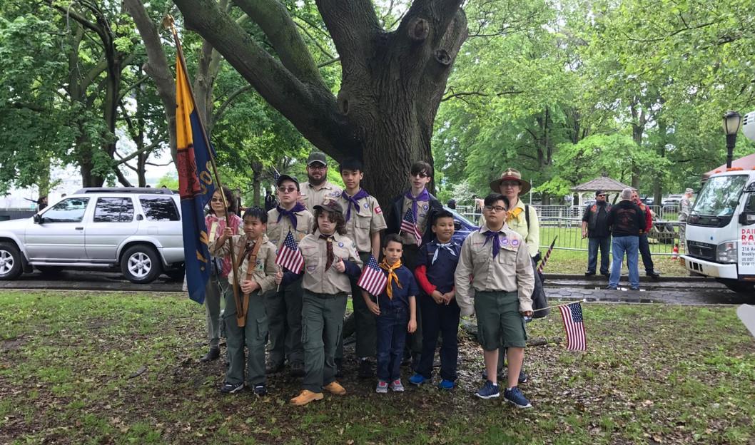 Boy Scout Troop 9318 - Memorial Day Para