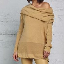 PLANET Off the shoulder sweater