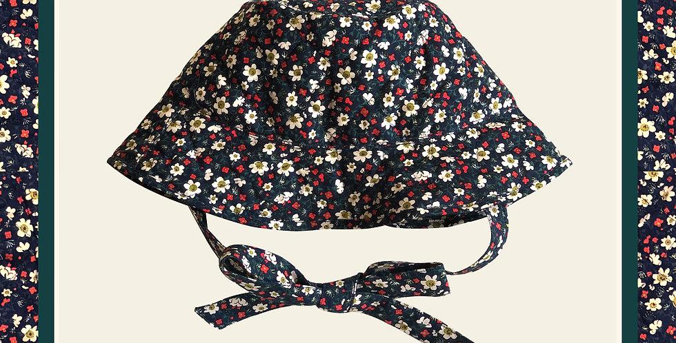 Summer's End Bucket Hat / Daisy Field Navy