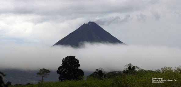 Volcán Arenas