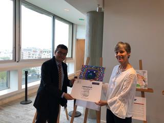 Pinturas ganadoras de Escuelas Asociadas a la UNESCO de Costa Rica son exhibidas en Francia