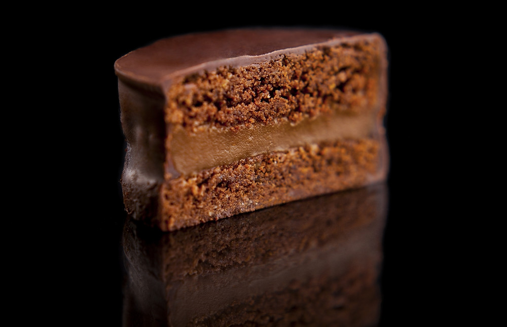 Alfajor de chocolate y Dulce de Leche
