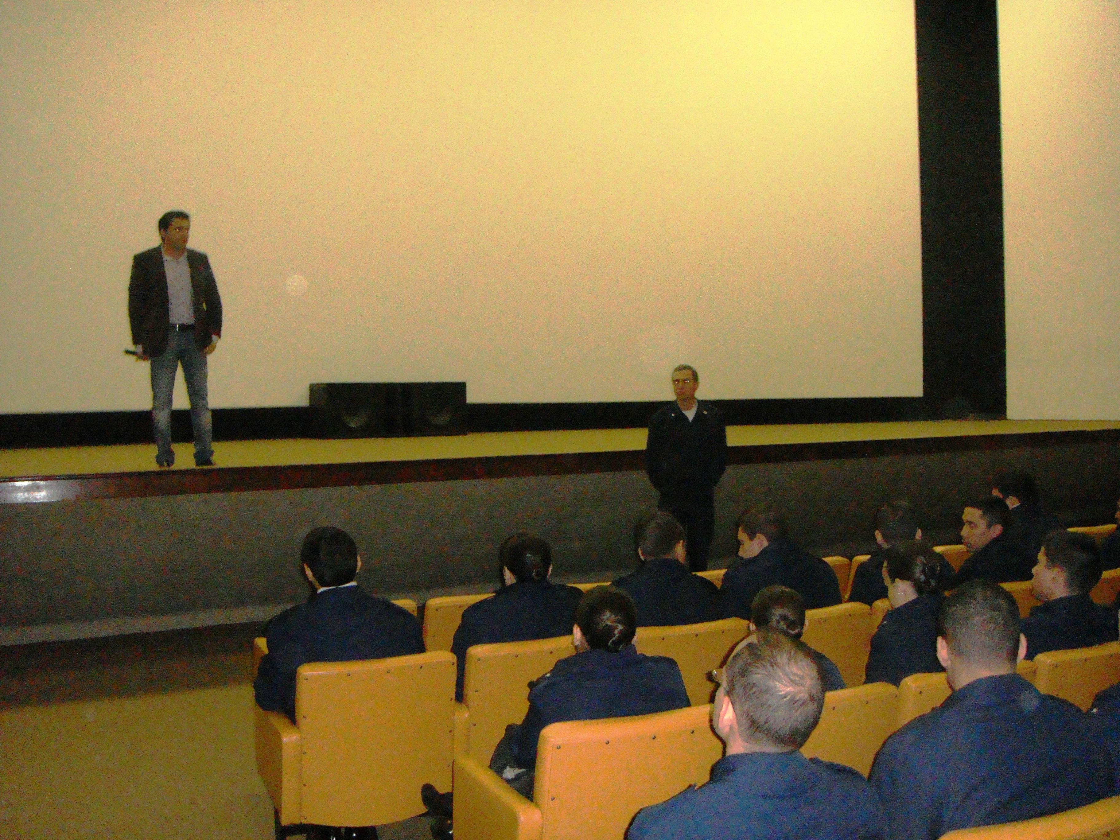 Coronel Baccarin comandante do corpo de cadetes da AFA me apresentando aos cadetes