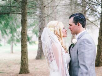 A romantic elegant mix of feminine and rustic details - Iris and Chuck's wedding