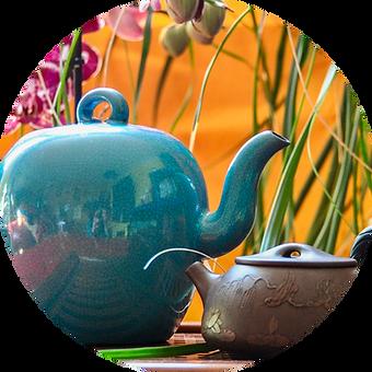 dégustation de thé, vente de thés, tasses et infuseurs