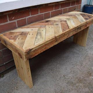 Herringbone Pallet Bench.jpg
