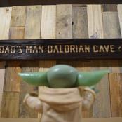The Man-Dalorian Sign.