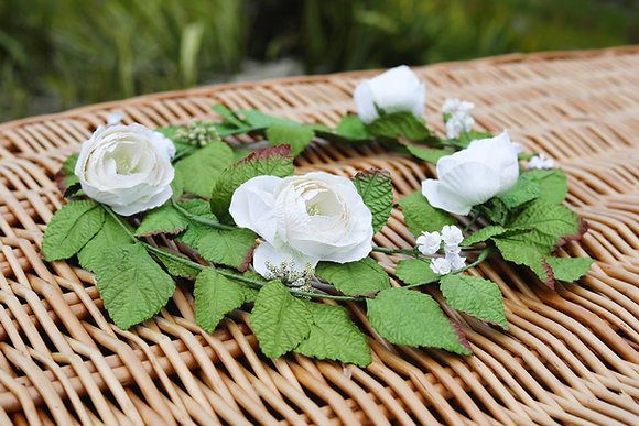 handmade paper flower garland coffin funerals white rose ©tributes funeral supplies