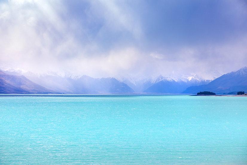 Lake Pukaki, McKenzie Region | South Island| New Zealand | Photo by ©Starfish Photos | Michele Newman Photographer
