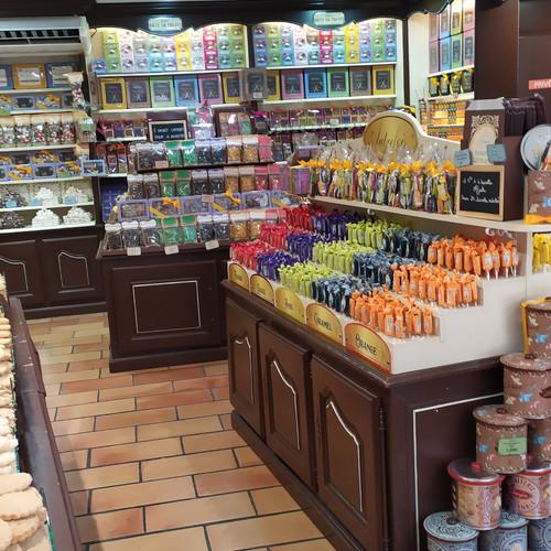חנות סוכריות במרסיי דרום צרפת