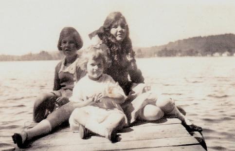 Gena's daughters... Vivian, Beatrice and Gena