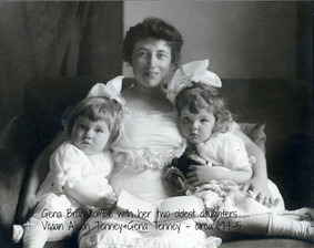 Gena with daughters Vivian and Gena