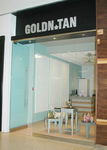Golds Gym (11).jpg