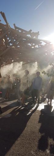 Nieselregen zur Abkühlung Street Food Festival