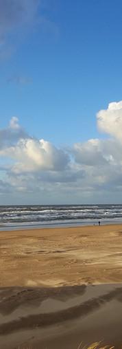 Strandspaziergang im Winter Egmond aan Zee NL