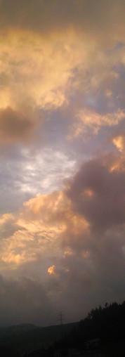 Wolken im Wechsel
