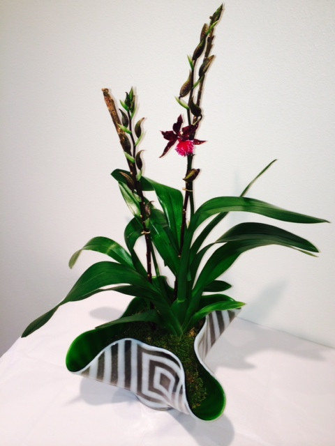 GLASS ORCHID VASE