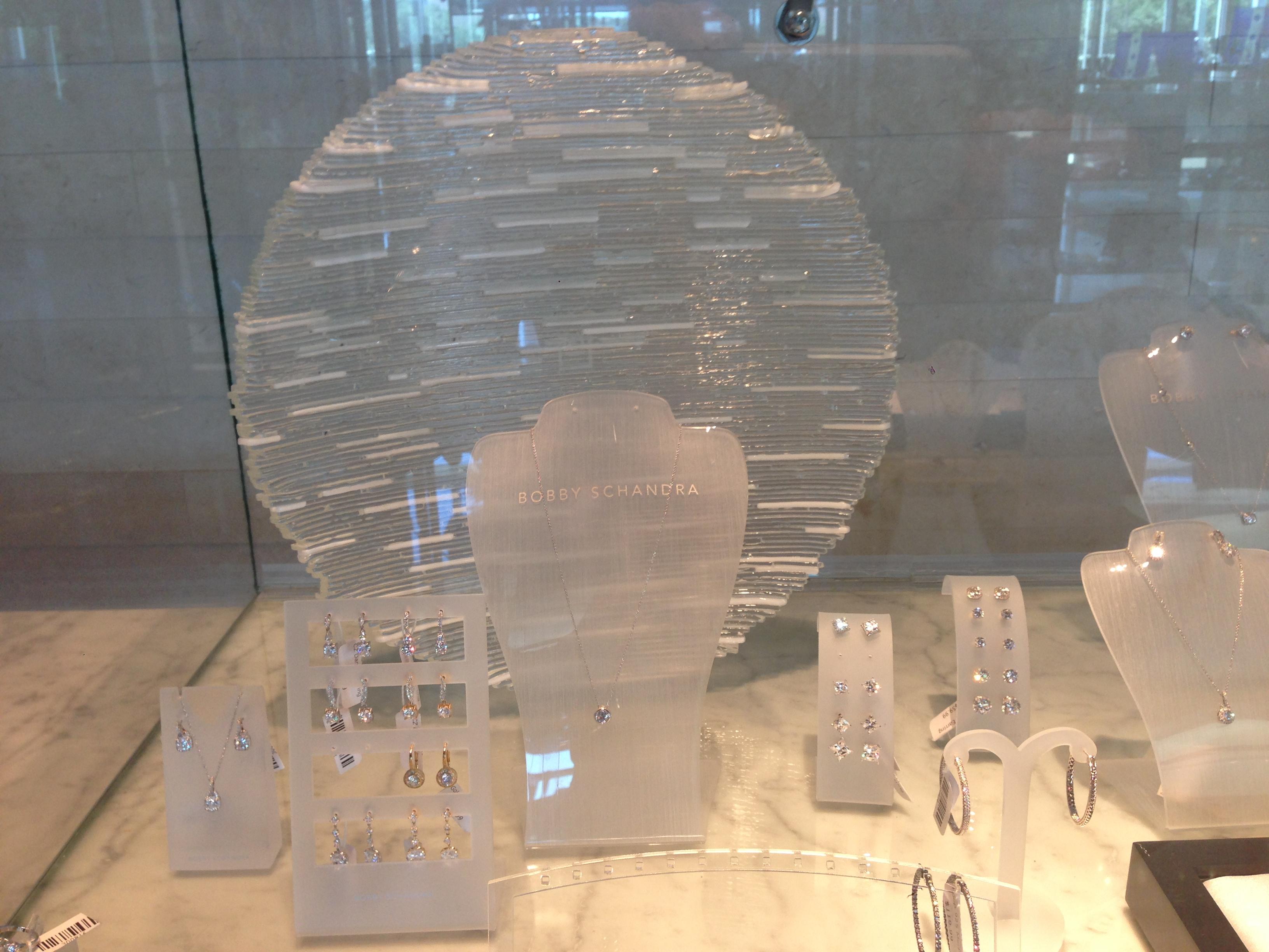 ON EDGE GLASS BOWL Omni Hotel Dallas